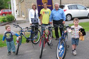 Club Optimiste Vaudreuil-Dorion gagnants des trois vélos 2010.