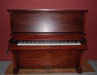 Piano Lindsay